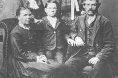 1880-00-00-BalitzCarl-Family-Elizabeth-Mary-Henrietta-Fred-reduced