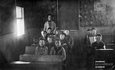 Tracie Balitz, third row in the rear, Platte school, circa 1906.