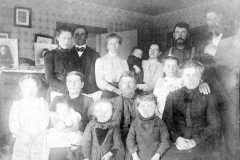 1905-00-00-Kucks-Family