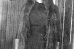 1910-00-00-BalitzTM1896-Long-Hair