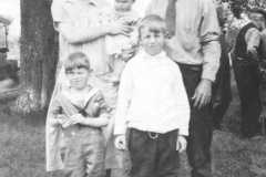 Tracie and Dan with their  three boys, Alvin, Allen, and Alton.