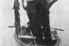 1932-00-00-ArnoldAE1917-fishing