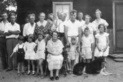 1936-00-00-Arnold-Family-Reunion-1