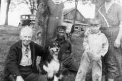 1936-00-00-Fred-Mary-Dan-Tracie-Laban-at-Honor-Homestead