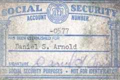 1938-01-17-ArnoldDS1890-Social-Security-Card