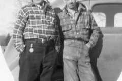 1940-00-00-ArnoldAE1917-with-Ron-Mountain