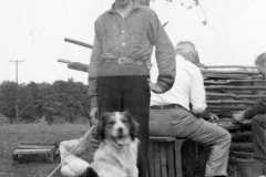 1940-00-00-ArnoldLD1929-with-dog