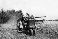 1940-00-00-MooreRE1910-Tractor