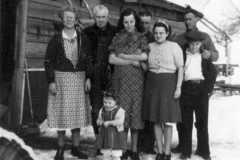 1940-03-03-Balitz-Harwood-Arnold-Gathering