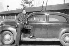 1941-00-00-ArnoldAF1921-and-car