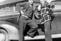 1941-00-00-ArnoldAF1921-and-friend