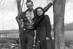 1943-04-01-ArnoldAE1917-BurringtonCM1919