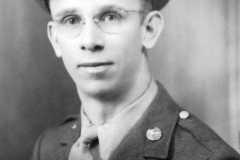 1944-01-02-ArnoldAE1917-Portrait