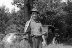 1944-07-04-ArnoldDS1890-fishing