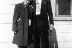 1946-00-00-JohnsonDoris-ArnoldAF1921