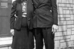 1946-04-29-JohnsonDoris-ArnoldAF1921