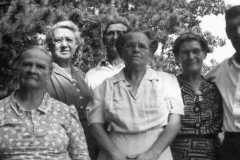 1947-00-00-Arnold-Cousins-Reunion-01a