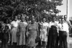 1947-00-00-Arnold-Cousins-Reunion-12