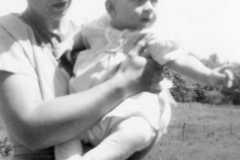 1947-00-00-ArnoldCL1947-with-JohnsonDoris-02