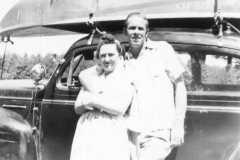 1949-00-00-KitchenDorothy-ArnoldAF1921-car-boat