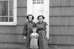 1952-04-01-ArnoldCL1947-ArnoldSL1939-BurringtonCM1919