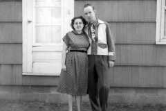 1952-04-01-BurringtonCM1919-ArnoldAE1917