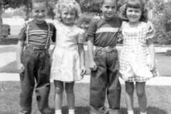 1952-09-01-ArnoldCL1947-and-friends