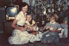 1953-12-25-ArnoldSL1939-ArnoldRA1951-ArnoldCL1947