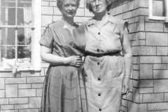 1955-05-30-BalitzTM1896-JohnsonDoris-house