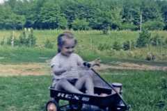 1957-05-01-ArnoldJY1953-waggon-02-Colorized