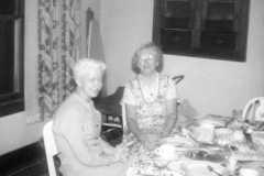 1957-12-25-BalitzTM1896-JohnsonDoris-Christmas