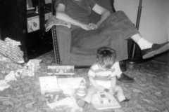 1957-12-25-Christmas-ArnoldLD1929-ArnoldDE1956