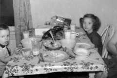 1959-12-25-ArnoldDE1956-ArnoldJY1953-01