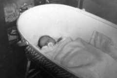 1959-12-25-ArnoldMJ1959-crib