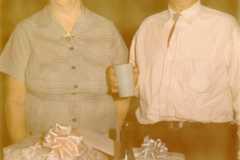 1964-07-03-Bexley-BalitzTM1896-ArnoldDS1890-Gifts-01