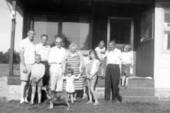 1964-07-04-ArnoldFamily-ArnoldLD1929-ArnoldDS1890-Kids-01
