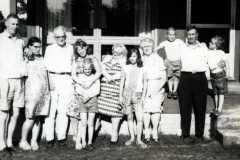 1964-07-04-ArnoldFamily-ArnoldLD1929-ArnoldDS1890-Kids-02