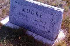1969-05-04-GraveMarker-MooreJJ1878-1969-and-BuessEL1880-1960-1969-02
